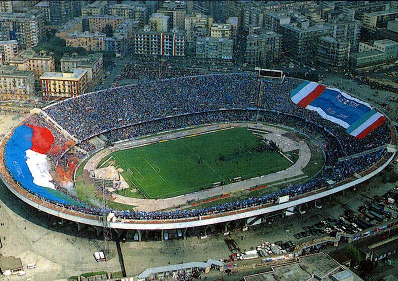 Lo Stadio San Paolo il 10 maggio 1987, giorno del primo scudetto del Napoli