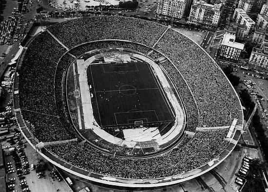 Lo Stadio San Paolo nel 1980