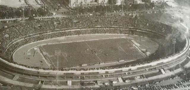 Uno scatto in occasione dell'inaugurazione dello Stadio Bentegodi nel 1963