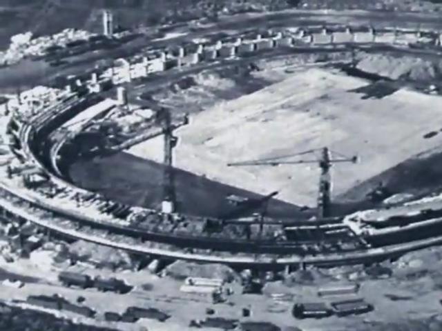 Lo stadio Bentegodi in costruzione